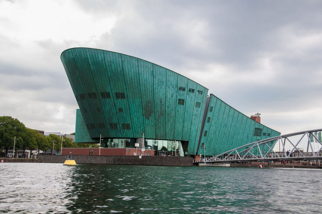 Museu da Ciência NEMO de Amesterdão